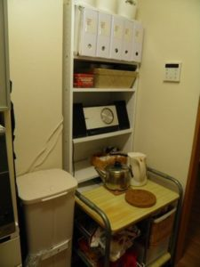 キッチン 凸凹スペース 棚導入後