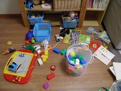 散らかるおもちゃ 1歳児のいるおうち