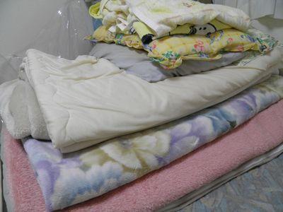 派手な 毛布と布団