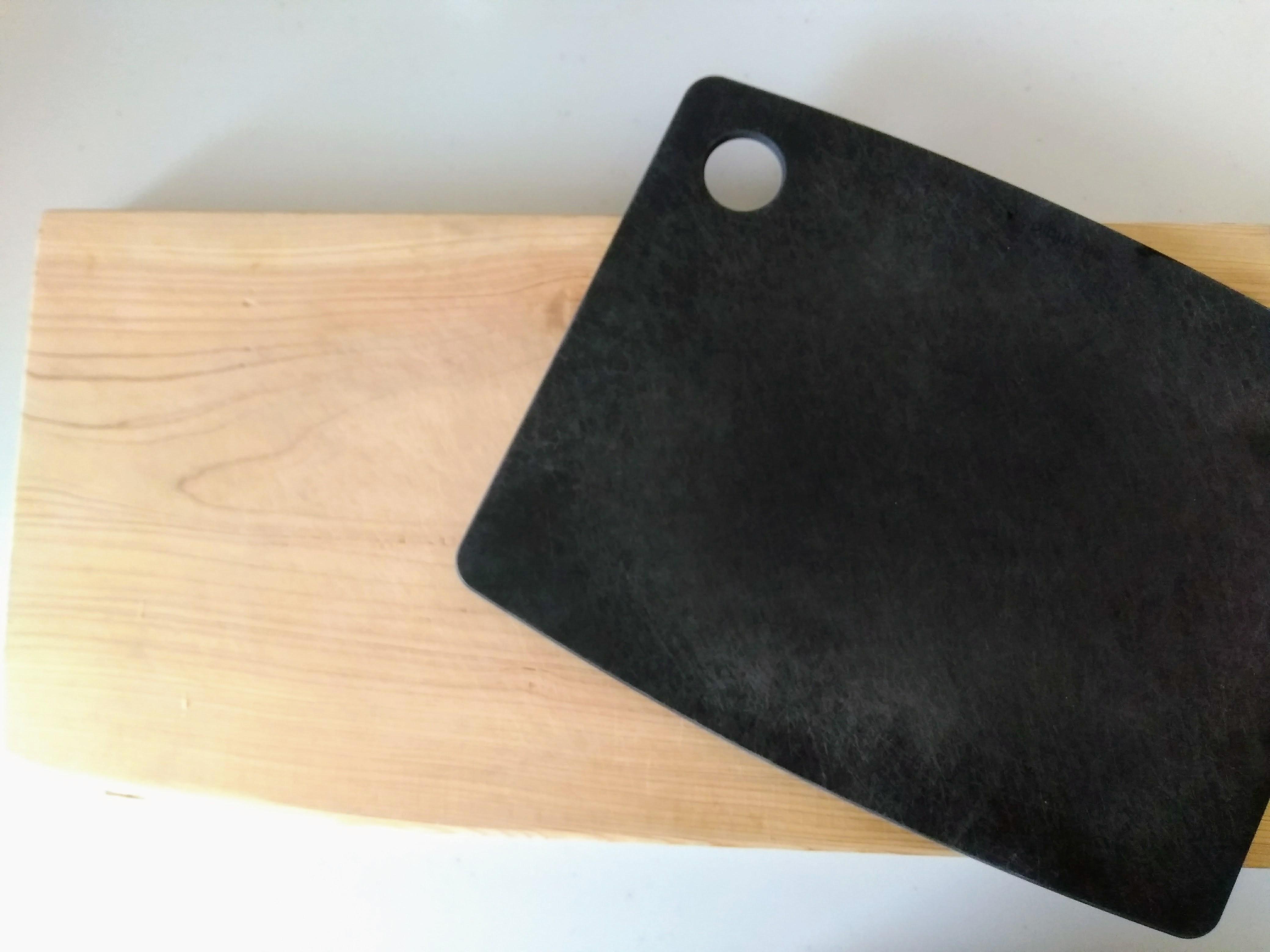 父の手作りまな板 エピキュリアン カッティングボード