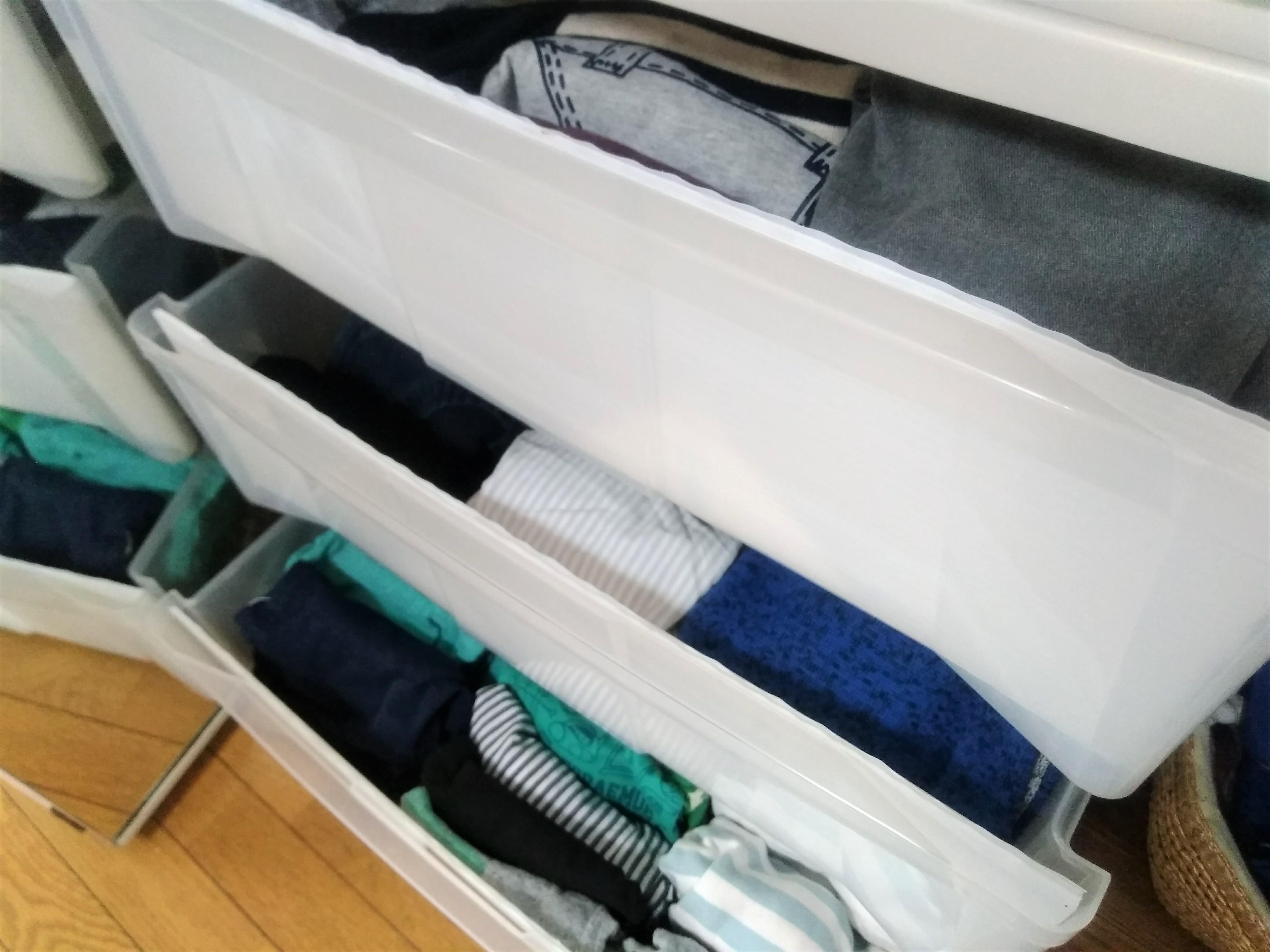 少ない枚数をキープできる子供服の収納