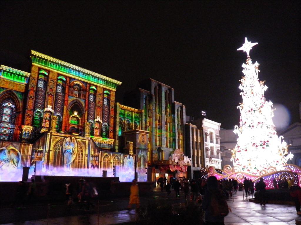 ユニバーサルスタジオジャパン クリスマスツリー